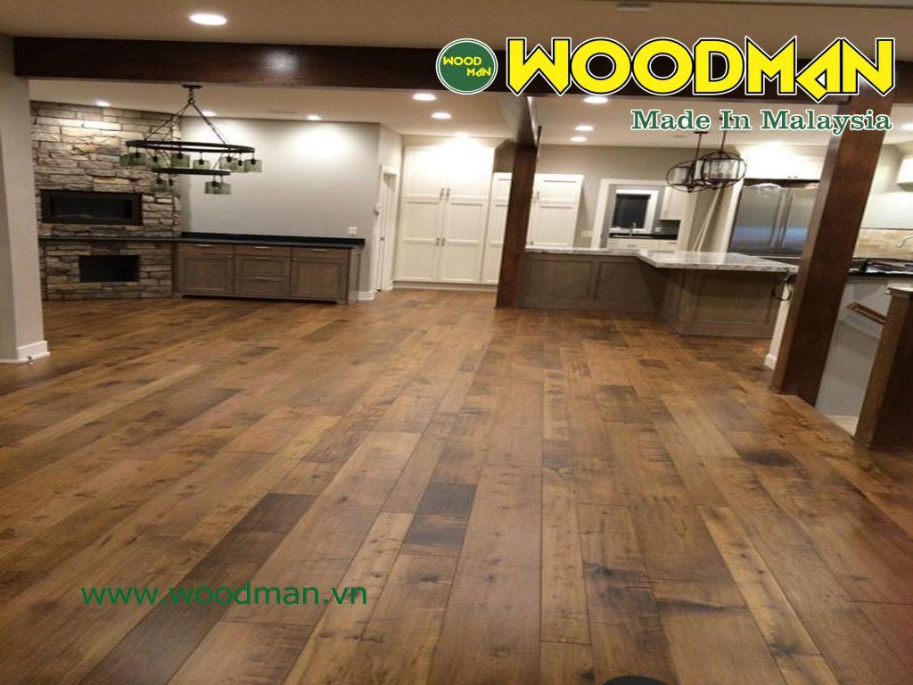 Cốt gỗ HDF mà WOODMAN sử dụng được làm bằng những cây gỗ cứng tốt nhất trên thế giới về độ ổn định độ mài mòn và tính chịu nước chống ẩm.