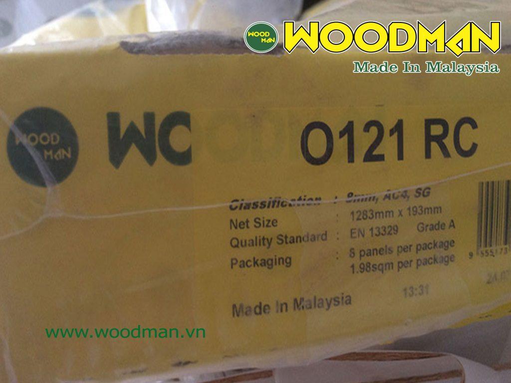 Bao bì hộp gỗ WOODMAN có đầy đủ thông tin sản phẩm.