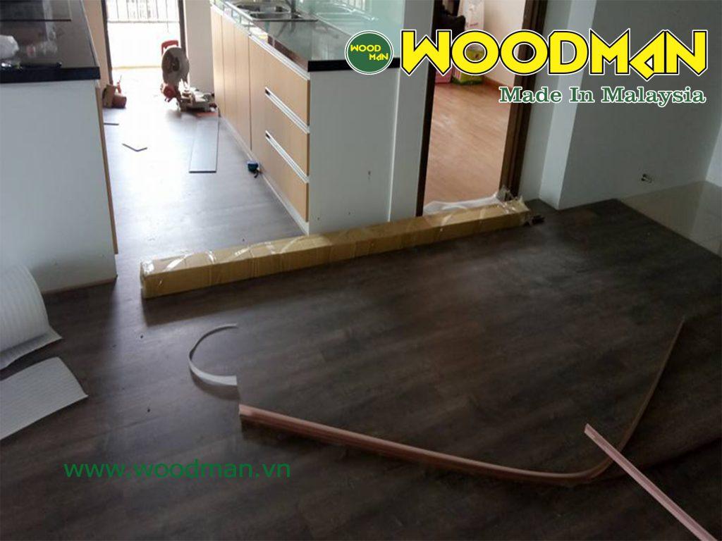 Hình ảnh thi công thực tế sàn gỗ Woodman O113.