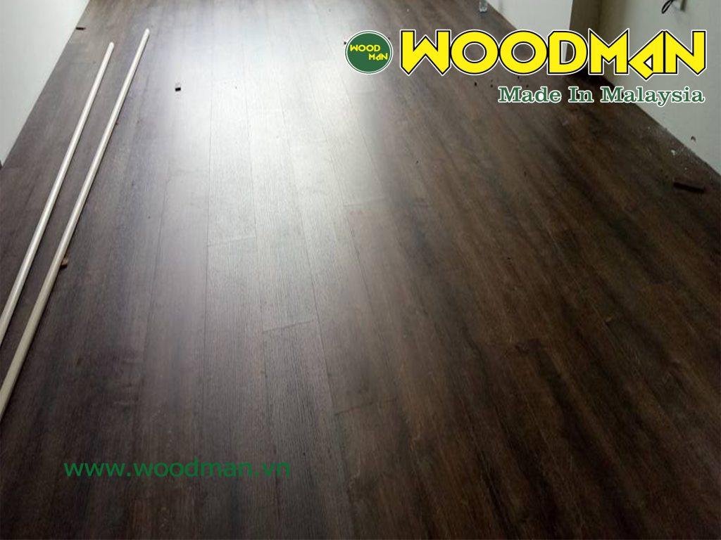 Cận cảnh sàn gỗ WOODMAN thi công tại nhà khách hàng tại Thanh Xuân.