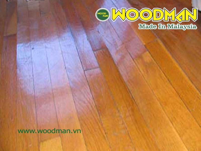 Sàn  gỗ công nghiệp bị cong vênh khi ngập nước