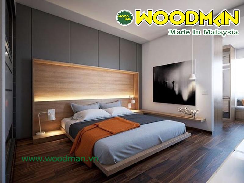 Không gian phòng ngủ âm ap với sàn gỗ màu tối