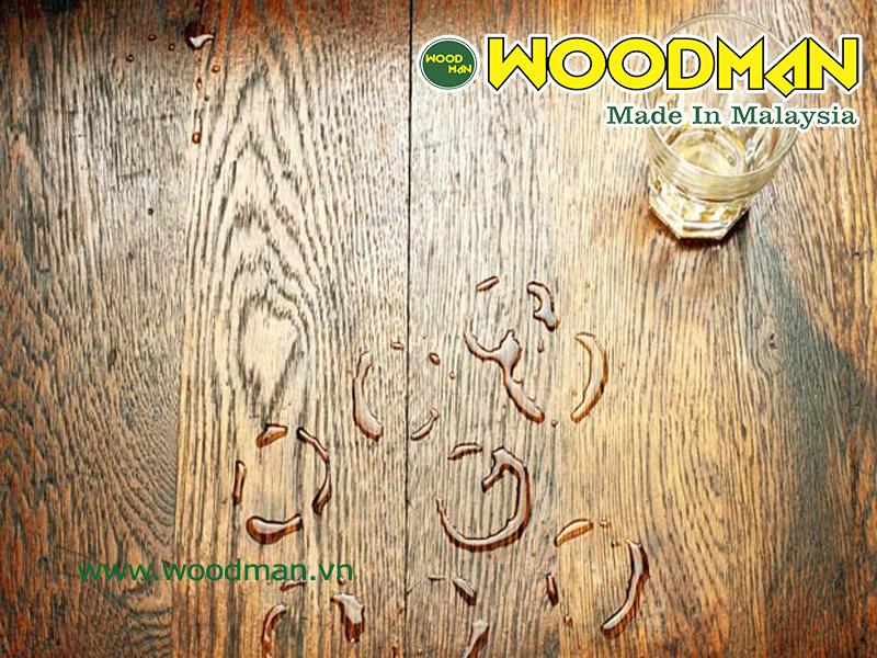 Sàn gỗ công nghiệp bị ngấm nước trong quá trình sử dụng